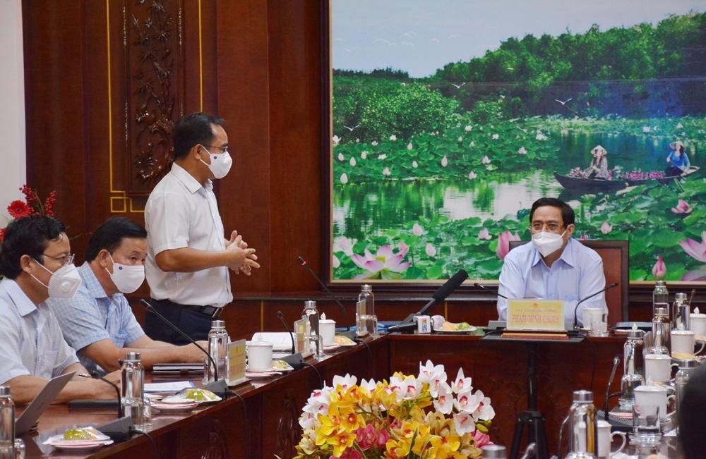 Thủ tướng Phạm Minh Chính thăm và kiểm tra công tác phòng chống dịch tại Khu công nghiệp Thuận Đạo - Long An