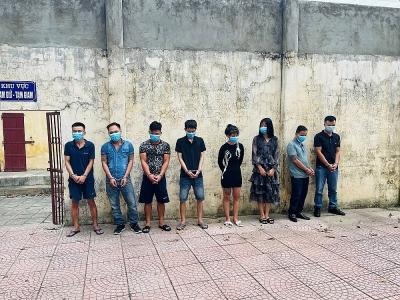 Thanh Hóa: Công an huyện Hà Trung bắt quả tang 8 đối tượng tổ chức sử dụng ma túy trái phép