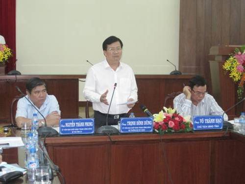Bộ trưởng Trịnh Đình Dũng làm việc tại tỉnh Bến Tre