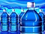 Không nên tái sử dụng bình nước đóng chai