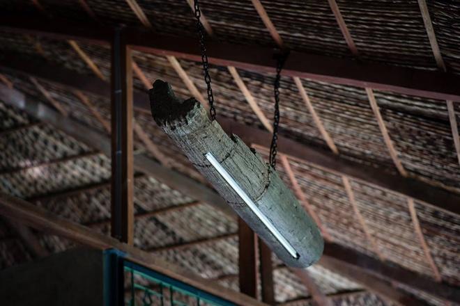 094111baoxaydung image014 Chàng giám đốc Sài Gòn kỳ công xây nhà lá ở miền Tây