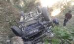 Xe jeep gặp nạn lao xuống hẻm núi khiến 9 người thiệt mạng