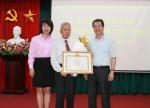 Công đoàn Xây dựng Việt Nam tổ chức lễ trao tặng huy hiệu 30 năm tuổi Đảng