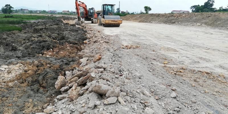 """Hà Tĩnh: Chủ đầu tư """"phủi"""" trách nhiệm vì đã bỏ tiền thuê giám sát dự án trăm tỷ"""