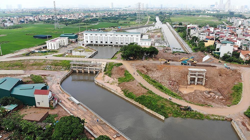 Nhìn gần trạm bơm tiêu Yên Nghĩa sau chuỗi ngày Hà Nội 'mưa không lối thoát'