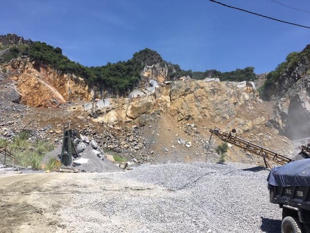 """Yên Định (Thanh Hóa): Nhiều doanh nghiệp khai thác đá """"điêu đứng"""" vì chờ cấp phép"""
