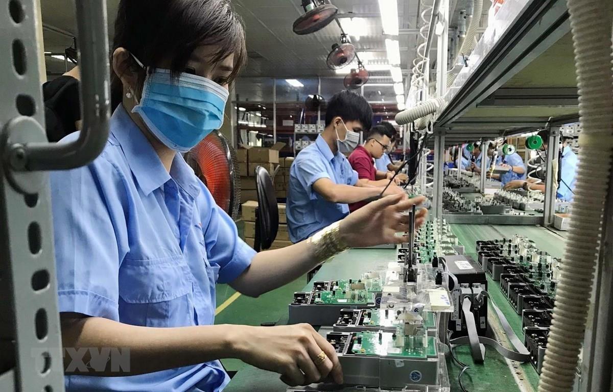 Tám tháng: Vốn đầu tư trực tiếp nước ngoài đăng ký đạt 13,1 tỷ USD