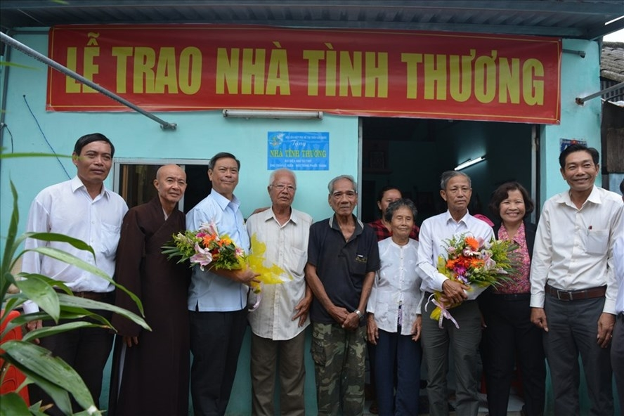 Huyện đầu tiên của tỉnh Long An thực hiện xóa nhà tạm, dột nát