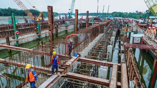 Thành phố Hồ Chí Minh: Sẽ dừng hoạt động công trình nếu lơ là trong phòng, chống dịch Covid-19