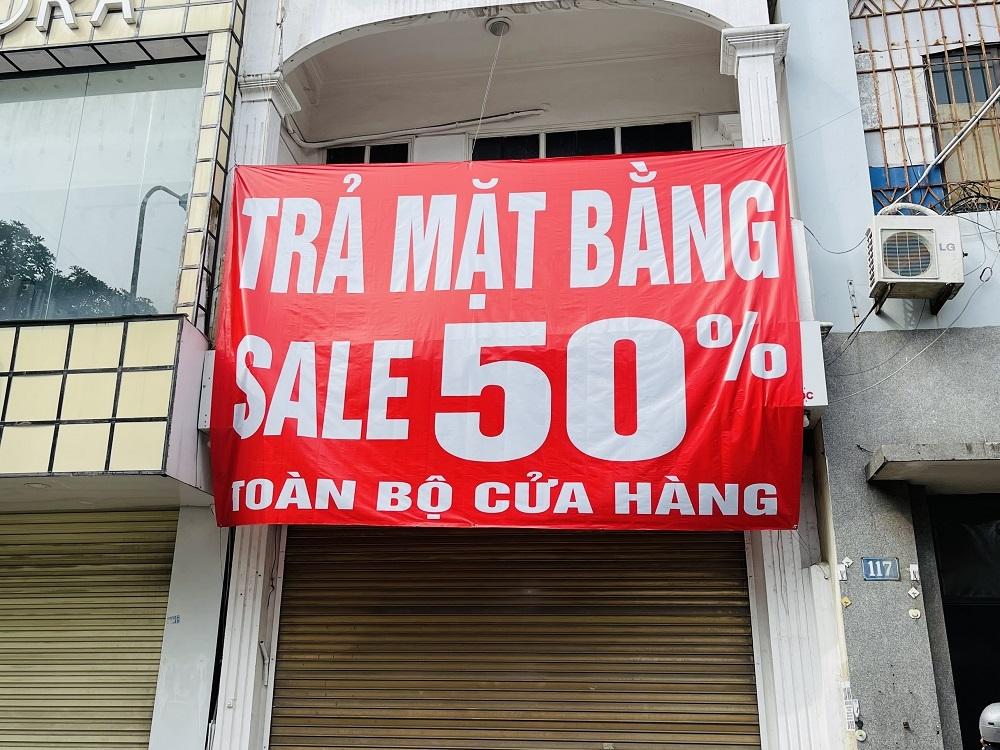 Hà Nội: Hàng loạt cửa hàng trả mặt bằng do ảnh hưởng của dịch Covid đợt 4