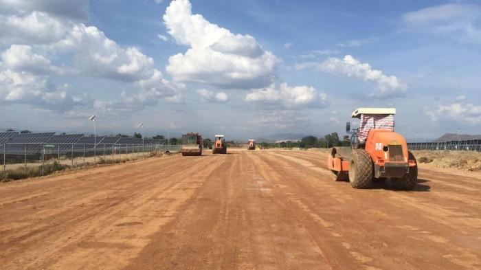 Bộ Giao thông Vận tải đề nghị địa phương hỗ trợ triển khai 2 dự án cao tốc phía Nam