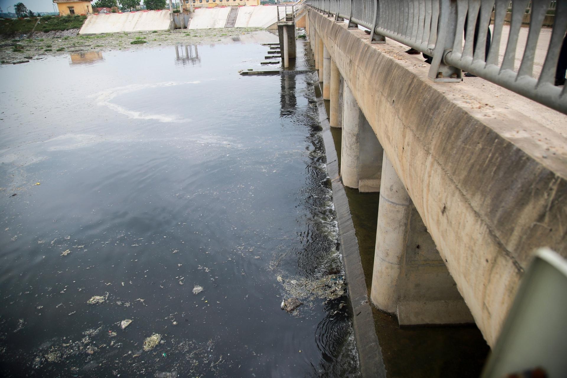 Xử lý ô nhiễm môi trường tại Bắc Ninh: Cơ sở sản xuất chỉ được hoạt động khi không có nước thải ra ngoài môi trường
