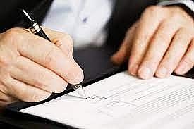 Phê duyệt lại giá gói thầu hay ký phụ lục hợp đồng?