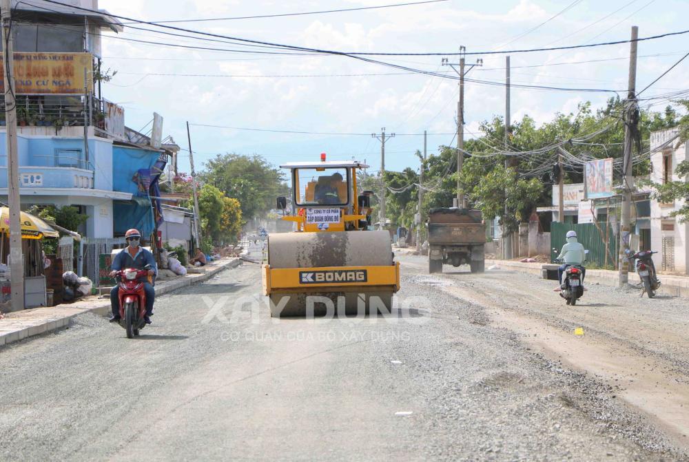 Ninh Thuận: Khẩn trương giải phóng mặt bằng để thực hiện Dự án nâng cấp, mở rộng Quốc lộ 27