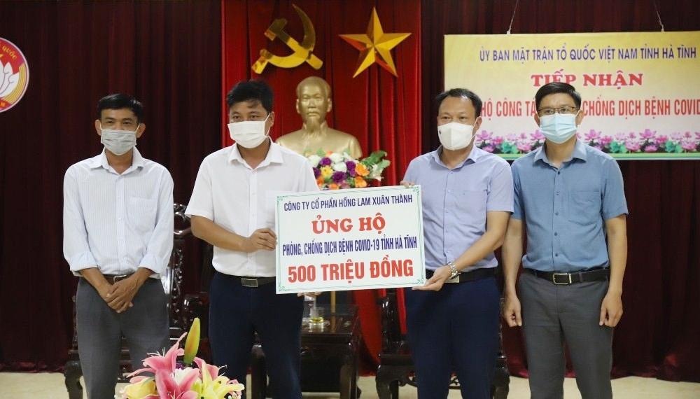 Hà Tĩnh: Chủ tịch Tập đoàn Vabis chia sẻ khó khăn, chung sức cùng quê hương chống dịch