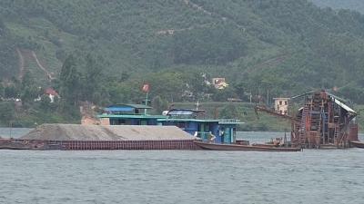 Vĩnh Long: Công ty Cổ phần Tập đoàn Xây dựng Thành Đô sai phạm khai thác cát bị xử phạt hơn 200 triệu đồng