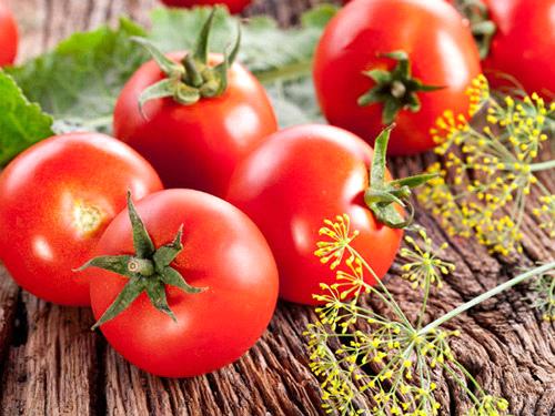 Ăn cà chua đúng cách