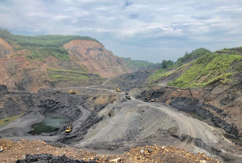 """Yên Thế (Bắc Giang): """"Thất kinh"""" những trận mìn uy hiếp tính mạng người dân khu vực mỏ than Bố Hạ"""