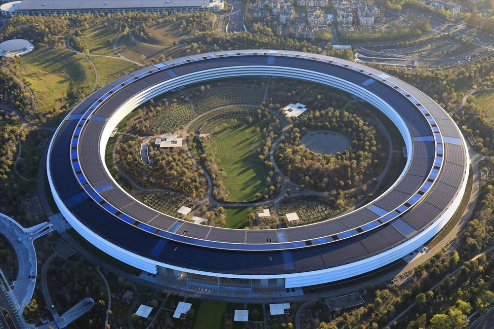 Chiêm ngưỡng trụ sở Apple - tòa nhà đắt thứ ba trên thế giới