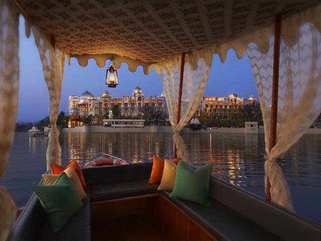 Bên trong khách sạn vừa được bình chọn là nơi tốt nhất thế giới