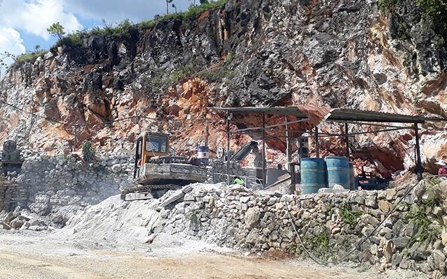 Ngăn chặn việc khai thác đá trái phép tại vùng lõi Công viên địa chất Hà Giang