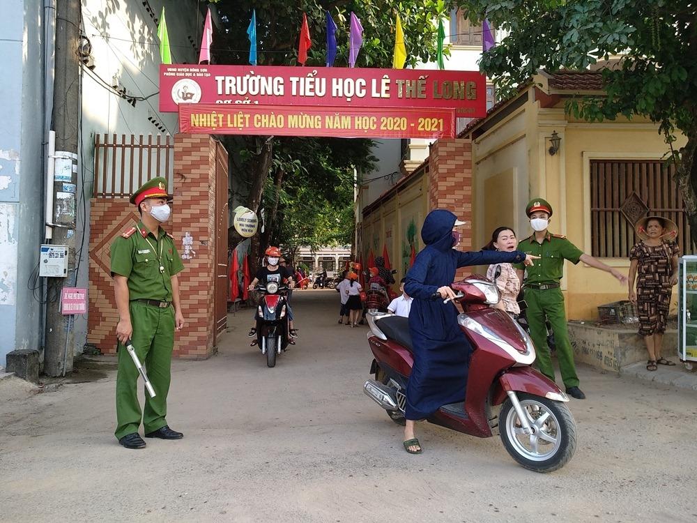 """Đông Sơn (Thanh Hóa): Triển khai """"Tháng cao điểm an toàn giao thông cho học sinh đến trường"""""""