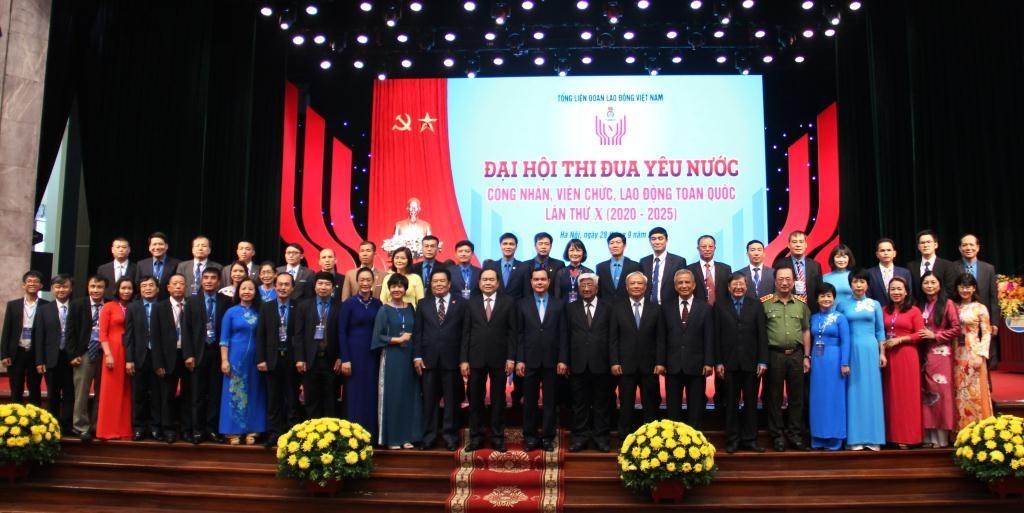 Đại hội Thi đua yêu nước công nhân, viên chức, lao động toàn quốc lần thứ X