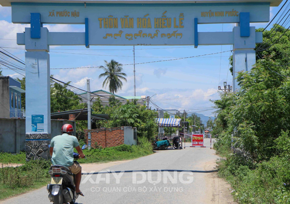 Ninh Thuận: Phong tỏa hơn 900 hộ dân thôn Hiếu Lễ để phòng, chống dịch Covid-19