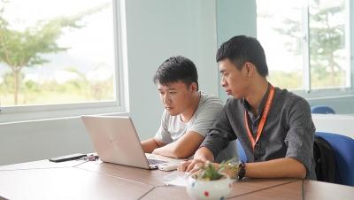 Đại học Thái Bình Dương cho tân sinh viên tạm ứng 10 triệu đồng mua laptop học trực tuyến