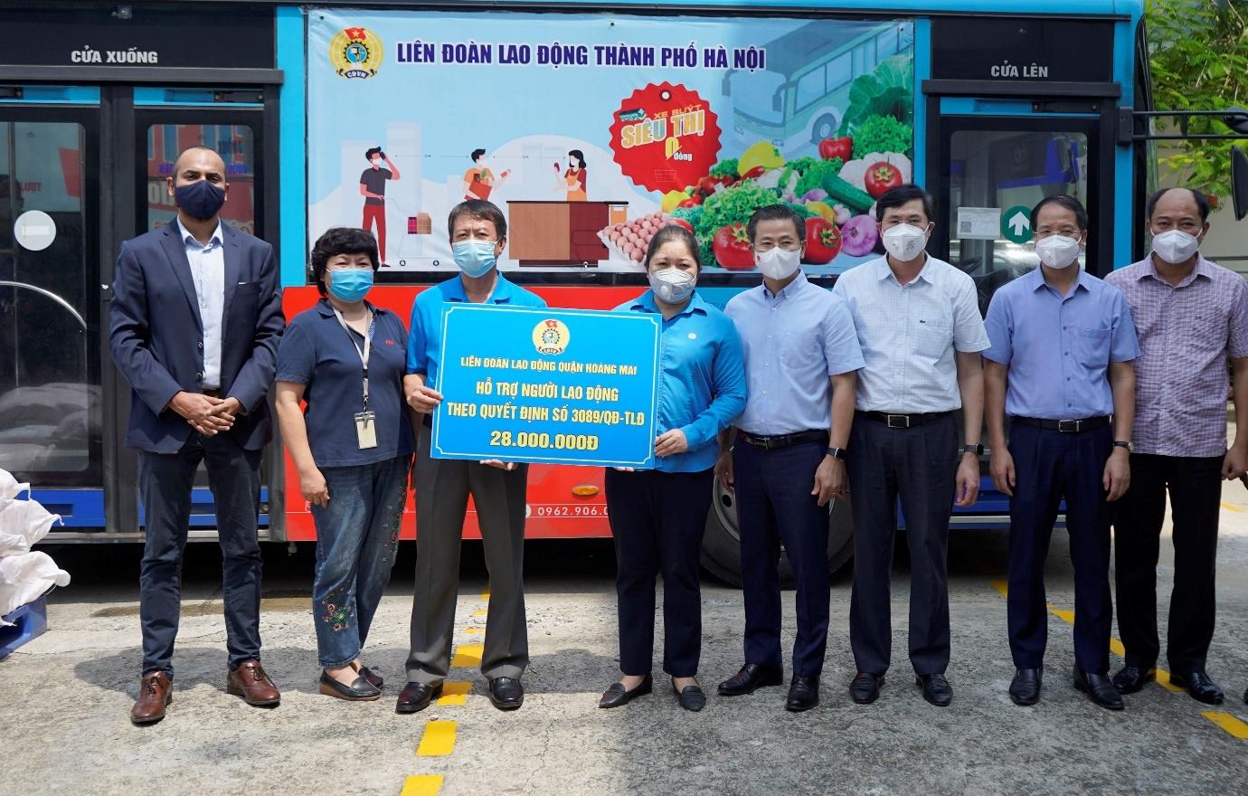 """""""Vùng xanh doanh nghiệp"""" trong vùng đỏ của dịch bệnh: Đảm bảo an toàn cho người lao động an toàn và không đứt gãy sản xuất"""