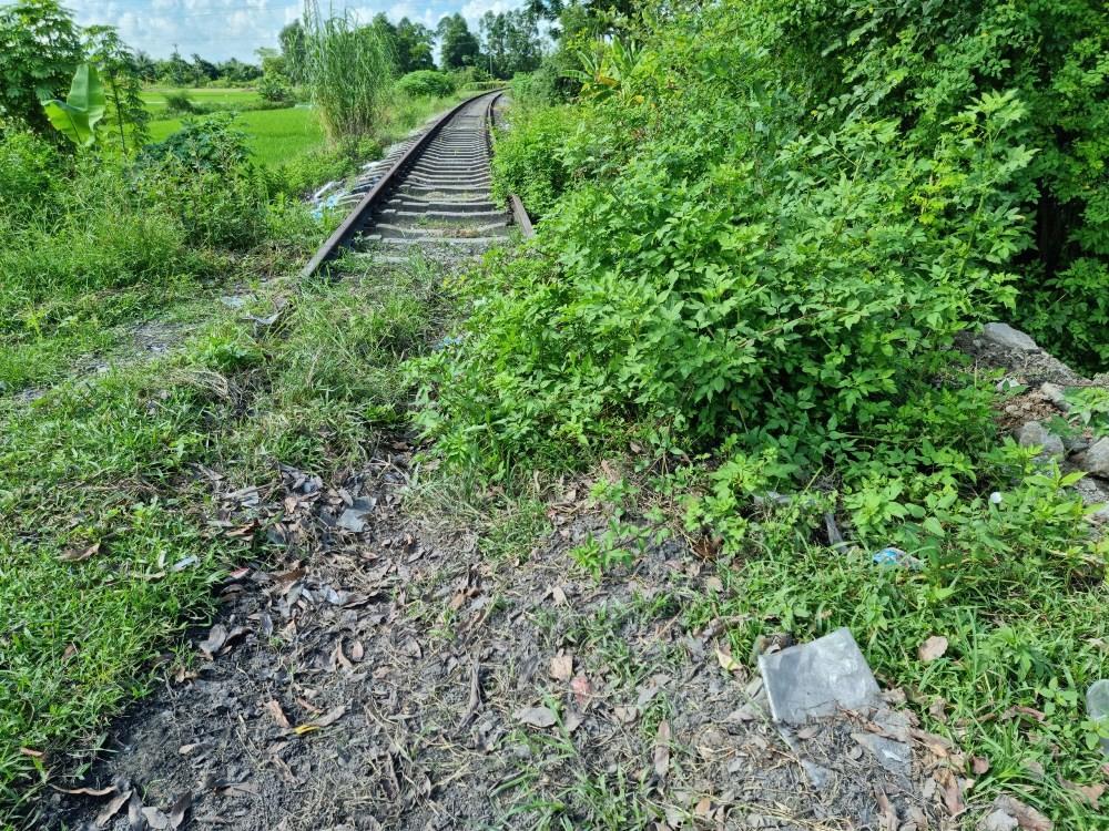 """Đông Triều (Quảng Ninh): Tuyến đường sắt """"vô dụng"""" án ngữ đô thị"""