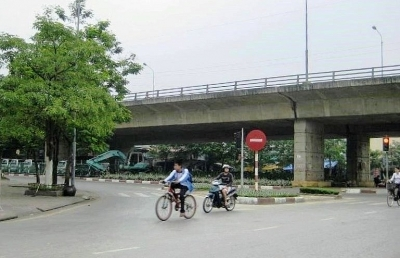 Hải Phòng: Thực hiện xanh hóa các trụ cầu, chân cầu khu vực nội đô đảm bảo mỹ quan đô thị