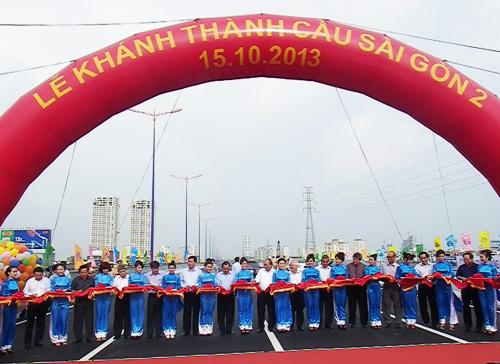 Đưa vào sử dụng cầu Sài Gòn 2 vượt tiến độ 90 ngày