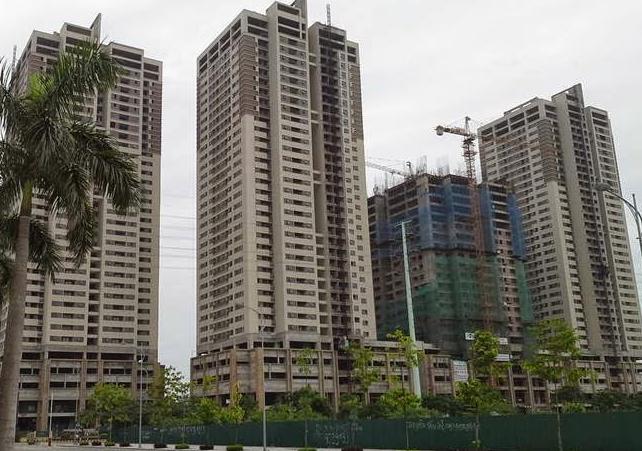 """Nhiều dự án chung cư """"tụt"""" giá để"""