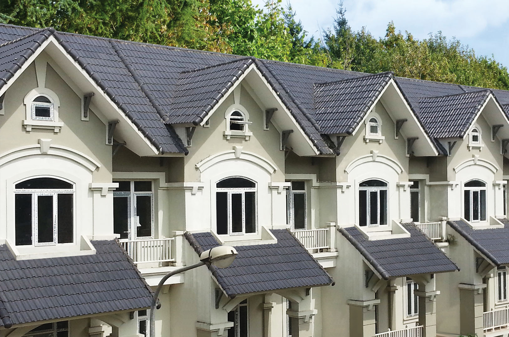 Những kiêng kỵ khi làm mái nhà