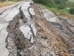 Khoan cắt địa chất tìm nguyên nhân đường hơn 60 tỷ sạt lở nghiêm trọng dù chưa được bàn giao
