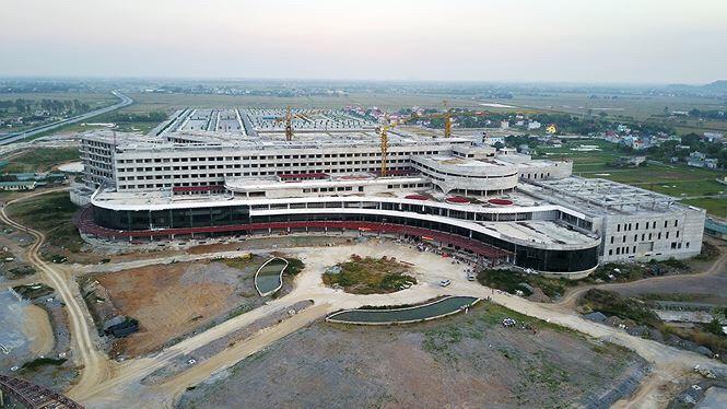 Góp ý về tiến độ triển khai dự án đầu tư xây dựng cơ sở 2 Bệnh viện Bạch Mai và Việt Đức tại tỉnh Hà Nam