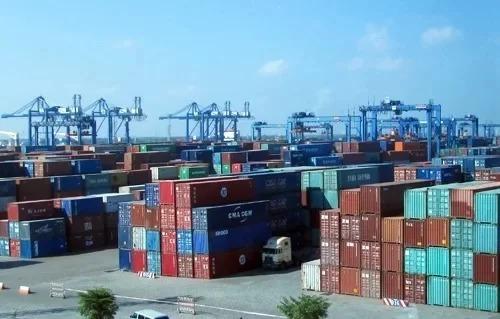 TP HCM lo mất vị trí dẫn đầu về xuất khẩu hàng hóa