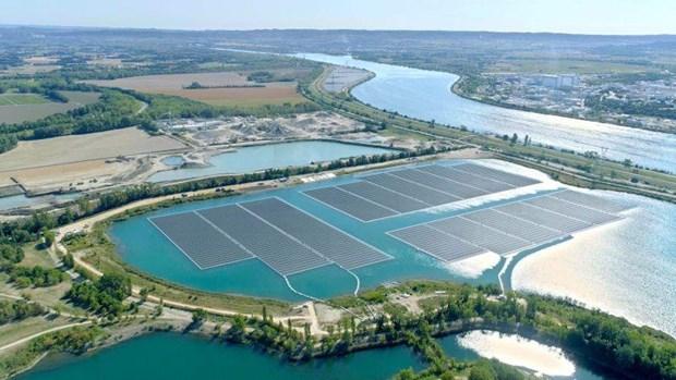 Pháp khánh thành nhà máy năng lượng Mặt Trời nổi lớn nhất châu Âu