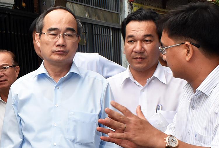 Ông Nguyễn Thiện Nhân kiểm tra công trình sai phép
