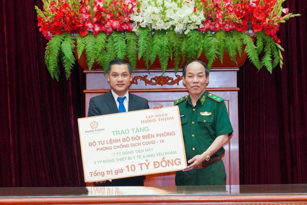 Hưng Thịnh tặng 10 tỷ đồng cho Bộ Tư lệnh Bộ đội Biên phòng để phòng, chống dịch Covid-19