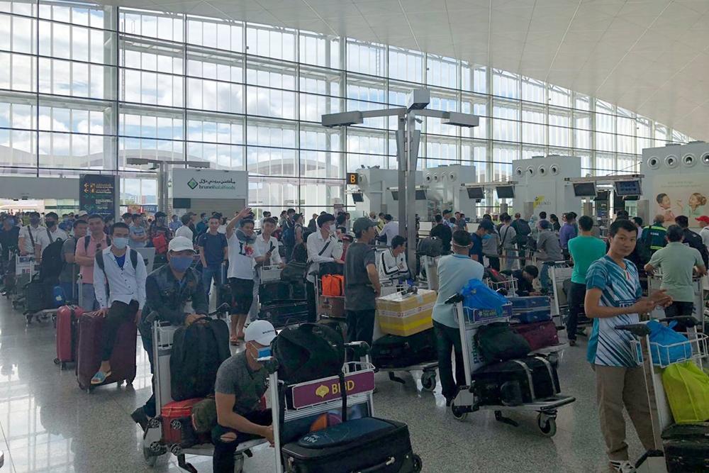 LILAMA tiếp tục đưa 180 lao động từ Brunei về nước