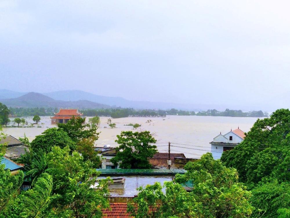 Quảng Bình: Hơn 34.100 ngôi nhà lại ngập chìm trong lũ