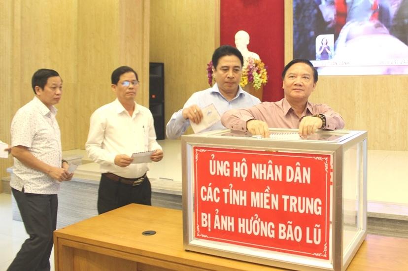 Khánh Hòa: Phát động ủng hộ nhân dân các tỉnh miền Trung bị lũ lụt