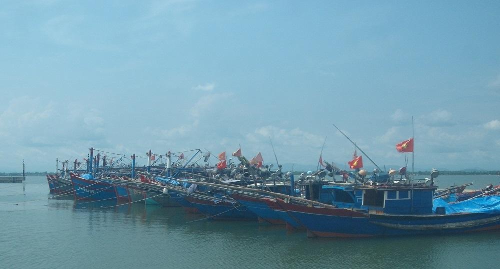 Thừa Thiên - Huế: Tuyệt đối không cho tàu, thuyền ra khơi để ứng phó với mưa bão