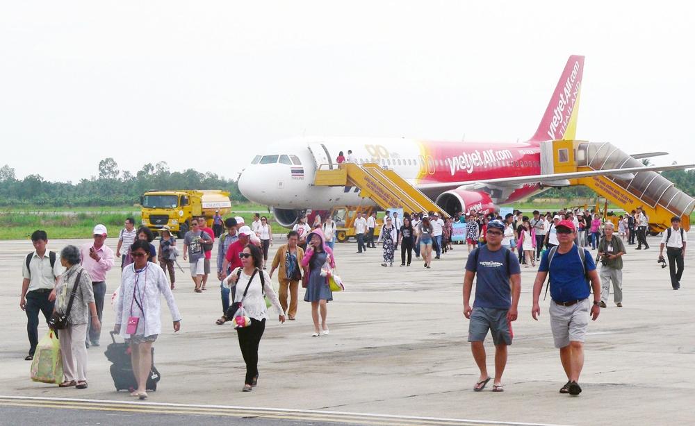 Cần Thơ: Thống nhất mở lại đường bay nội địa đến 7 địa phương