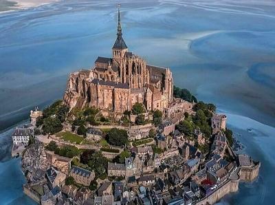 Những kiến trúc ngoạn mục khắp thế giới