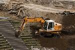 Thanh toán giá ca máy chờ đợi trong hợp đồng thi công xây dựng
