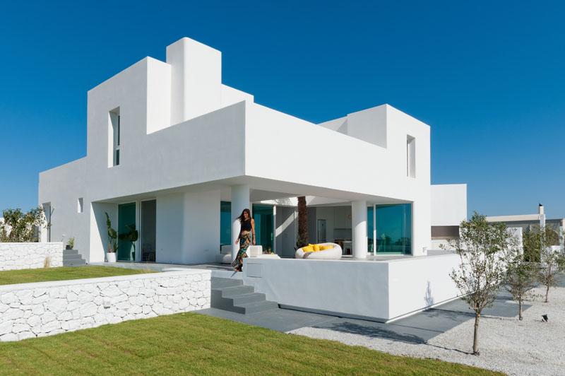 Ngôi nhà hiện đại màu trắng tuyệt đẹp ở Hy Lạp
