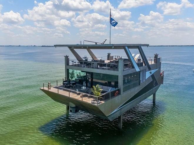 Du thuyền hình biệt thự 12 triệu USD